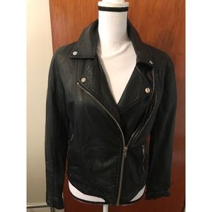 🖤Forever 21 blk-faux leather moto jacket Medium🖤